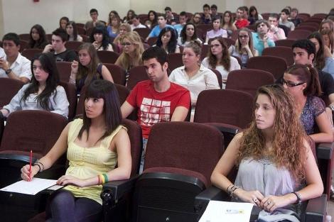 El relevo en la Presidencia del CEEM se produce en un momento especialmente reivindicativo para el colectivo estudiantil.