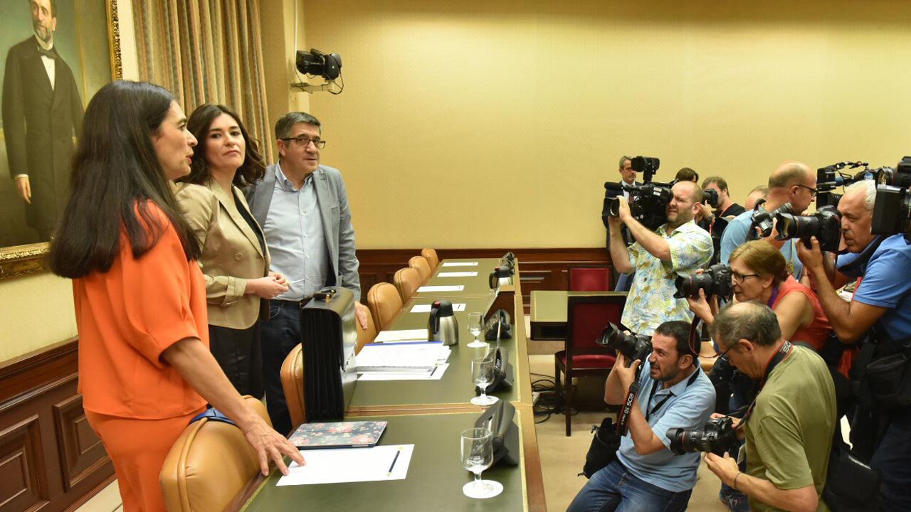Comparecencia en el Congreso de Carmen Montón.