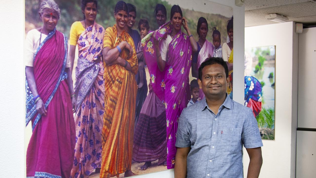 Praveen Kumar, Andhra Pradesh, jefe del Servicio de Traumatología del Complejo Hospitalario de Bathalapalli, de la Fundacion Vicente Ferrer, en la India.