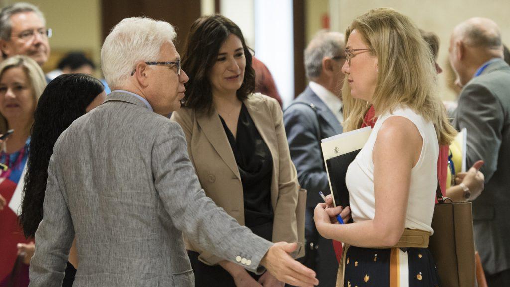 Carmen Montón, Jesús María Fernández y Teresa Angulo