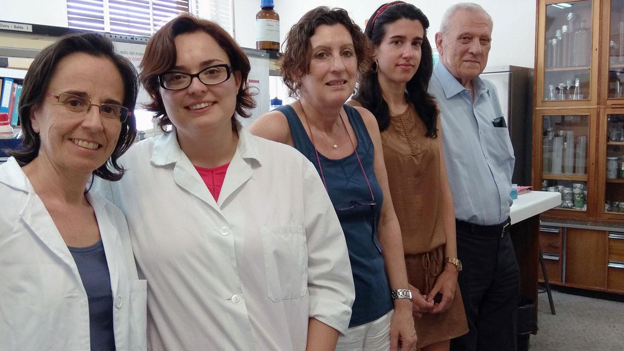 Carmen Sanz, Verónica Hurtado-Carneiro, Elvira Álvarez, Ana Pérez-García y Enrique Blázquez, del grupo de investigación Ciberdem-UCM
