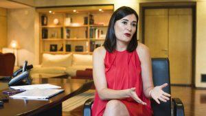 La ministra de Sanidad,Carmen Montón, en un momento de la entrevista con DM