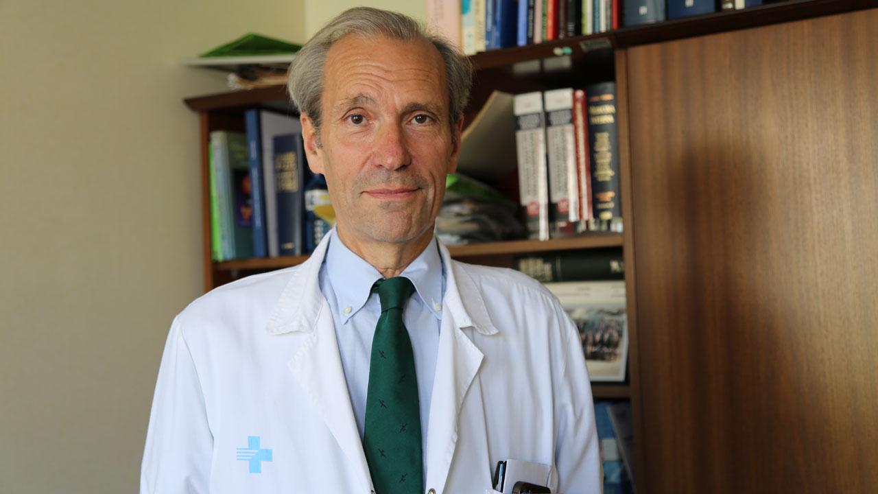 Fernando Azpiroz, jefe del Servicio de Aparato Digestivo de Valle de Hebrón.