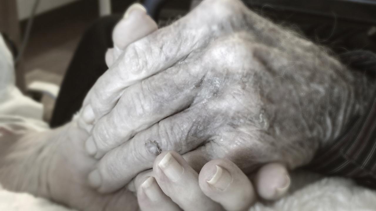 Los médicos colegiados de Las Palmas, a favor de una ley de eutanasia - Diario Médico
