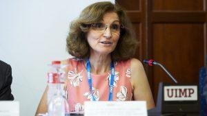 Mar�a Luisa Garc�a Vaquero, de la Subdirección General de Calidad de Medicamentos y Productos Sanitarios del Ministerio Sanidad