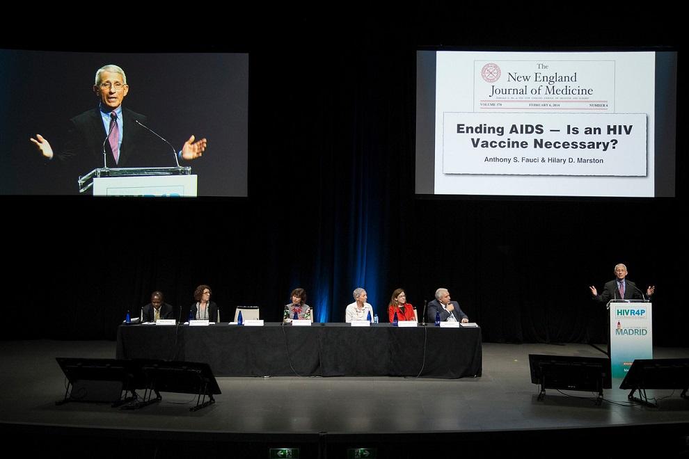 Anthony Fauci, durante la sesión plenaria de apertura del congreso HIVR4P, en Madrid.