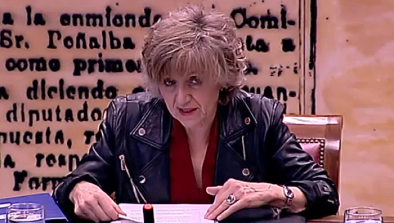 María Luisa carcedo, ministra de Sanidad, en el Senado