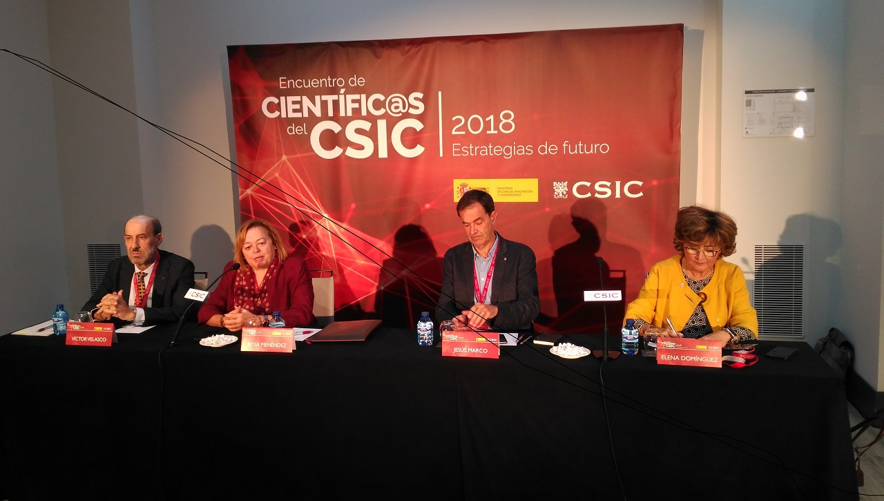 Presentación a medios de la reunión de científicos del CSIC. Víctor Velasco, Rosa Menéndez, Jesús Marco y Elena Domínguez