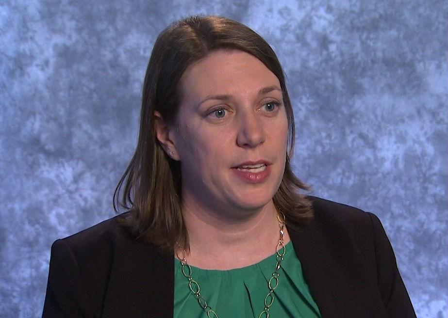 Jennifer Woyach, del Centro Integral del Cáncer de la Universidad de Ohio