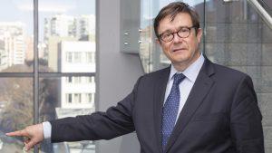 Andrés Cervantes, director general de Incliva y jefe del Servicio de Oncología Médica del HCUV.