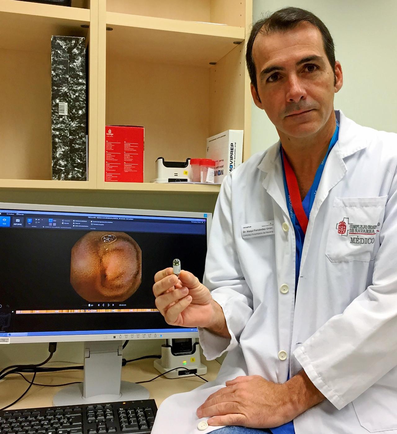 Ignacio Fernández-Urien, del Hospital de Navarra, en cuyo Servicio de Digestivo realizan unas 400 exploraciones con cápsula al año.