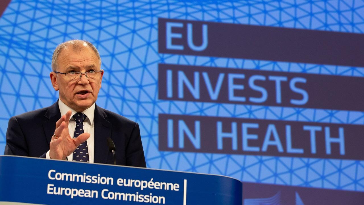 Vytenis Andriukaitis, comisario europeo de Salud, este martes en la reunión.