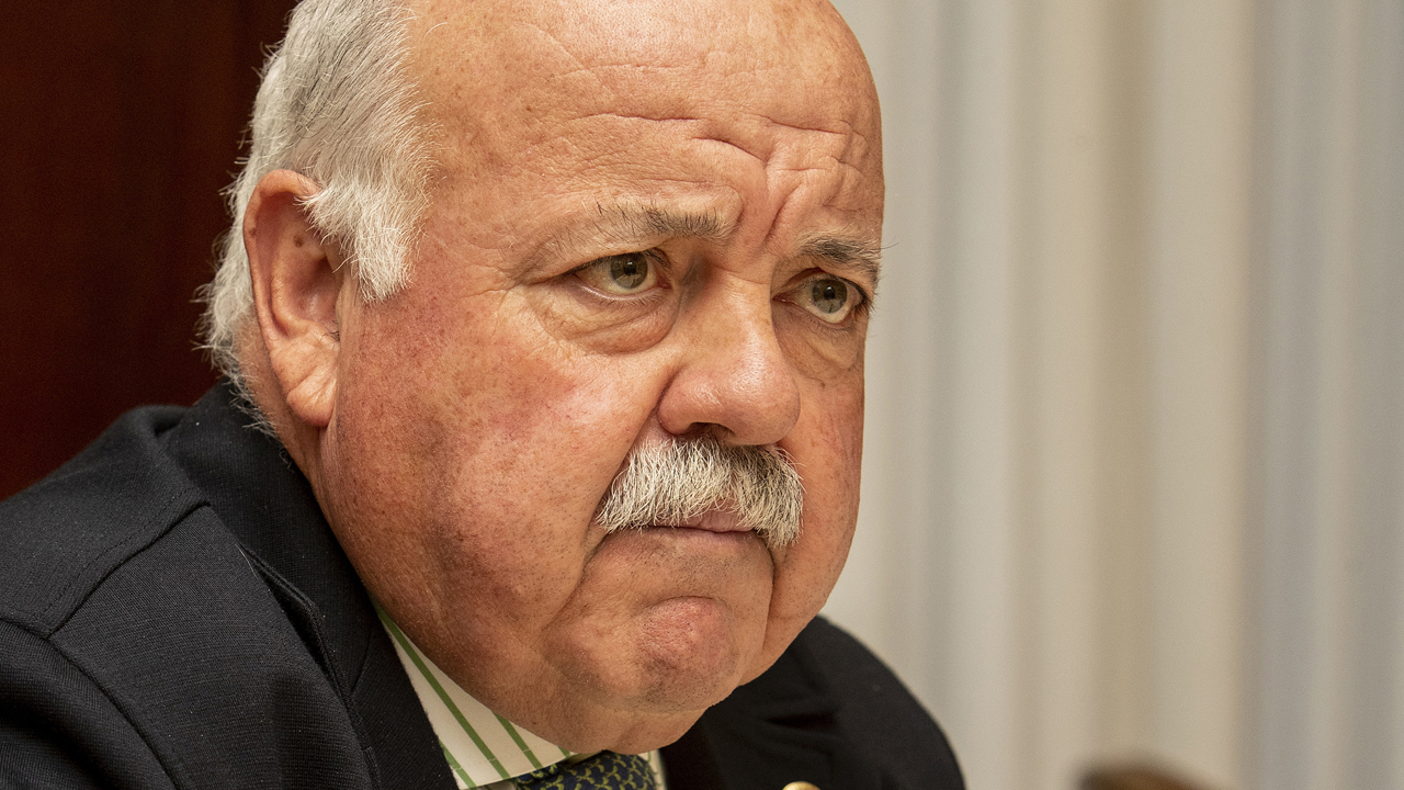 Jesus Aguirre, consejero de Salud de Andalucia, durante la entrevista con DM.