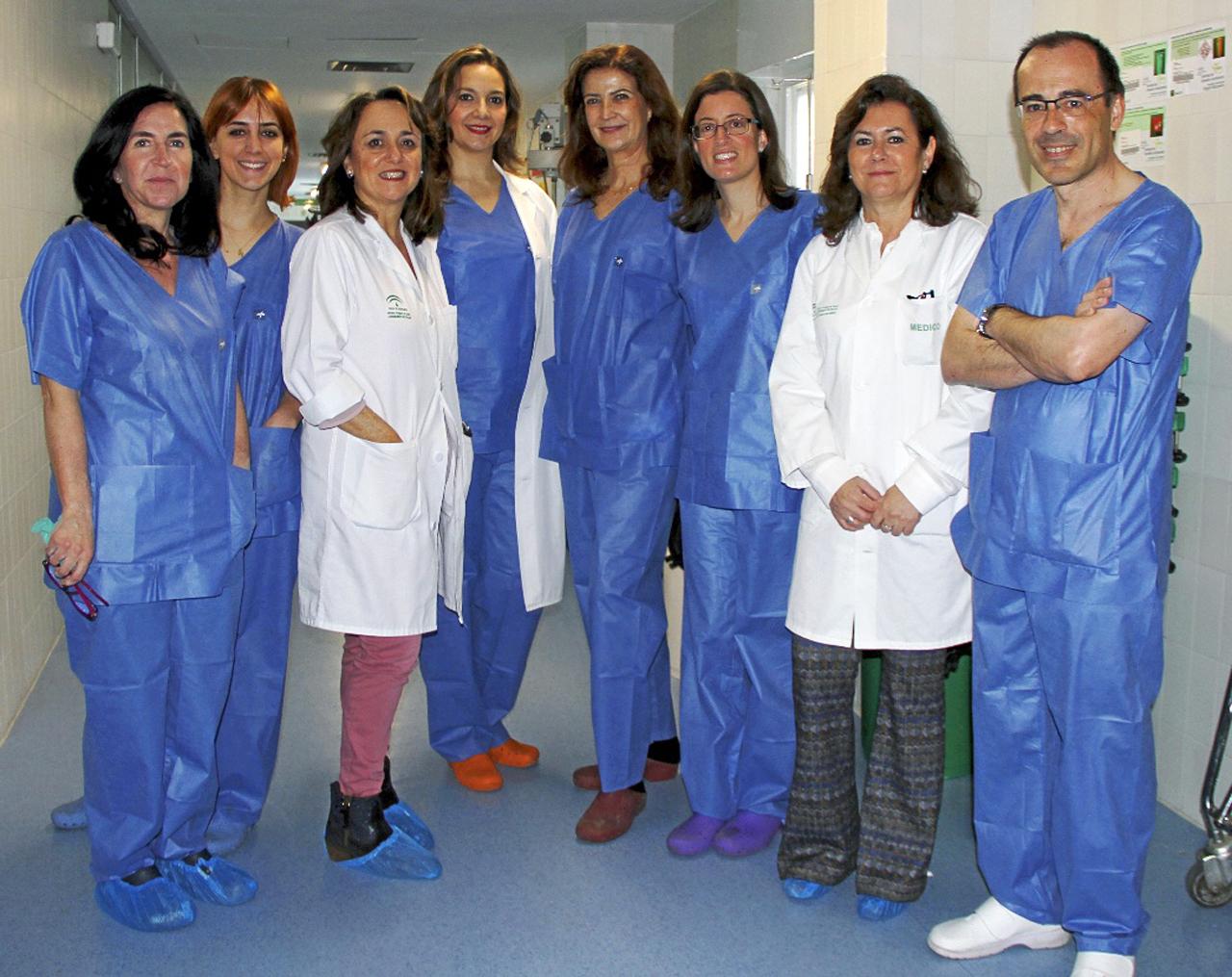 Paola Fernández, Beatriz Bascuas, Gema del Estad, Manuela Molina, Teresa Cambil, Rosa Abalat, Soledad Gómez y José Antonio Terrón.