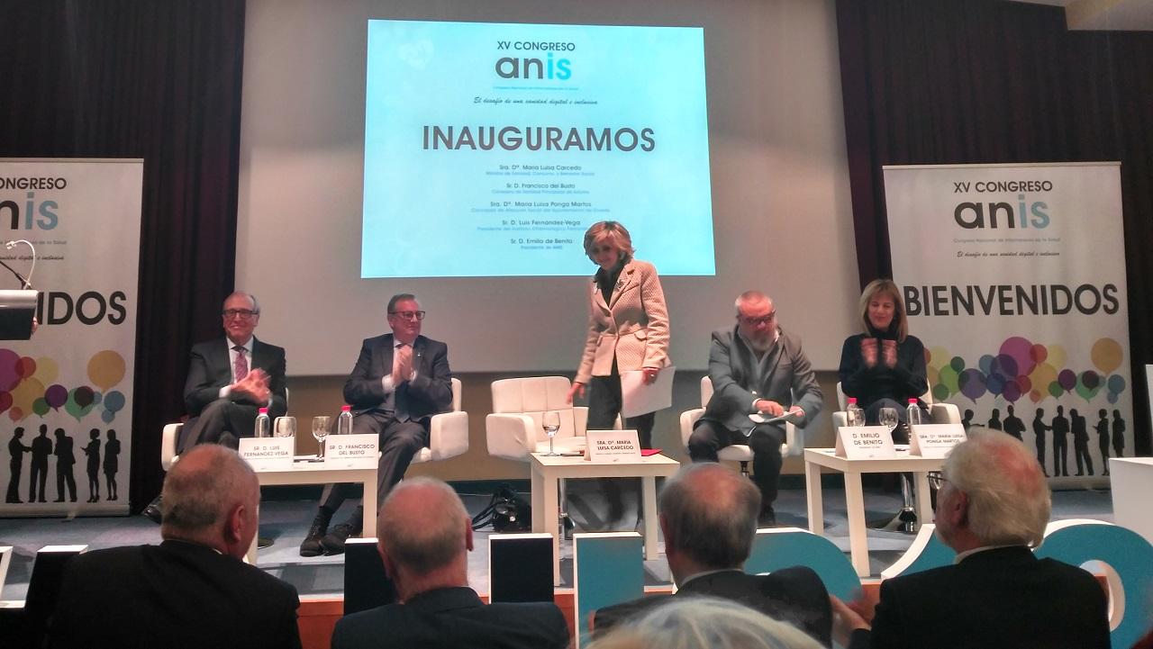 Inauguración del XV Congreso ANIS, con la ministra de Sanidad, María Luisa Carcedo, en el centro.