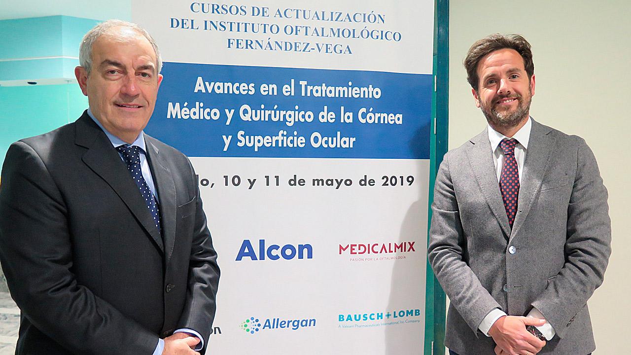 Los oftalmólogos José F. Alfonso Sánchez y Carlos Lisa, del Instituto Oftalmológico Fernández-Vega, de Oviedo.