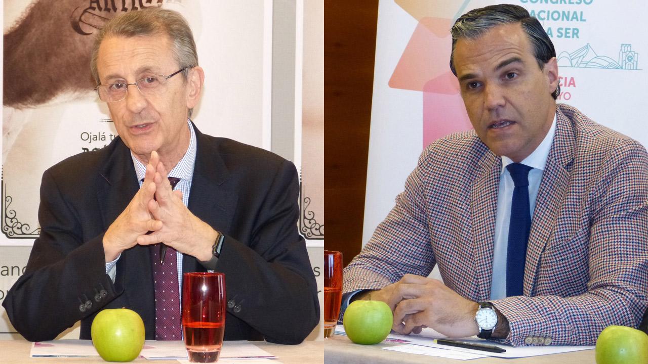 Juan J. Gómez-Reino, presidente de la SER, y Marcos Paulino, miembro de la Comisión de Comunicación, Relaciones con pacientes y Responsabilidad Social Corporativa de la SER.