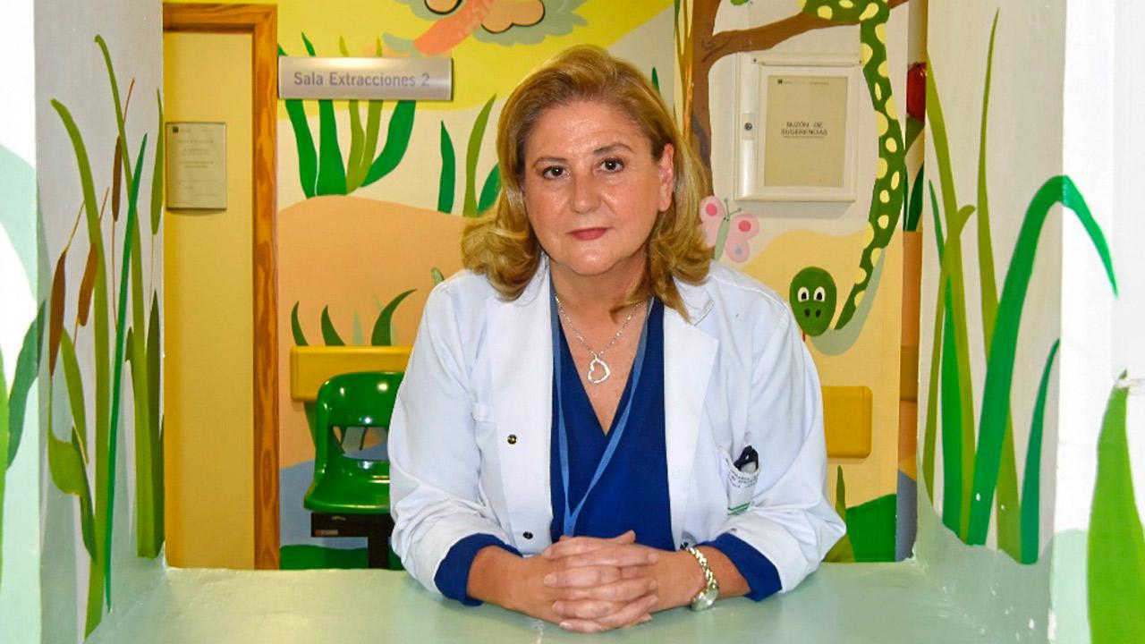 Rosa María Paredes, directora de la Unidad de Cirugía Pediátrica del Hospital Reina Sofía, de Córdoba.