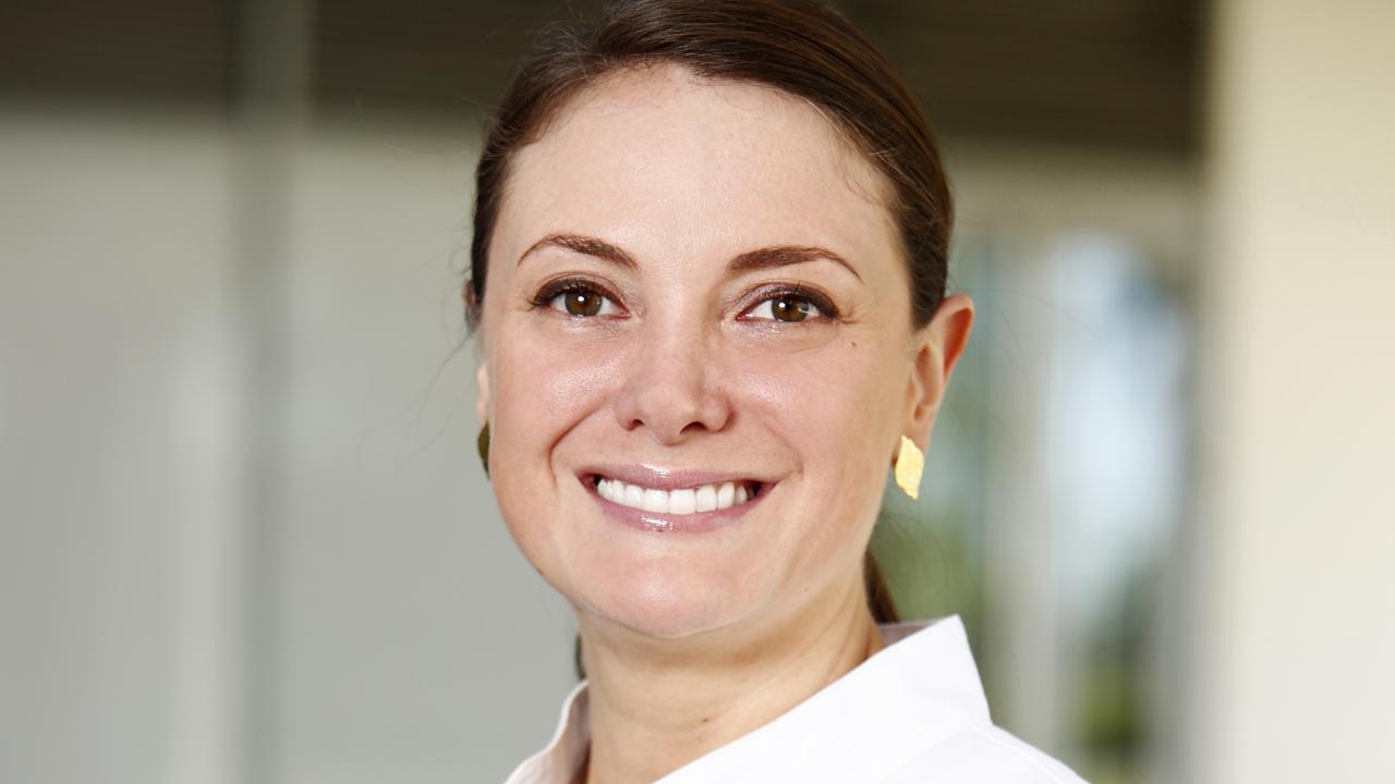 Luz Mar�a Vásquez, especialista de los departamentos de Oculoplástica y Estética y Rejuvenecimiento Oculofacial del IMO.
