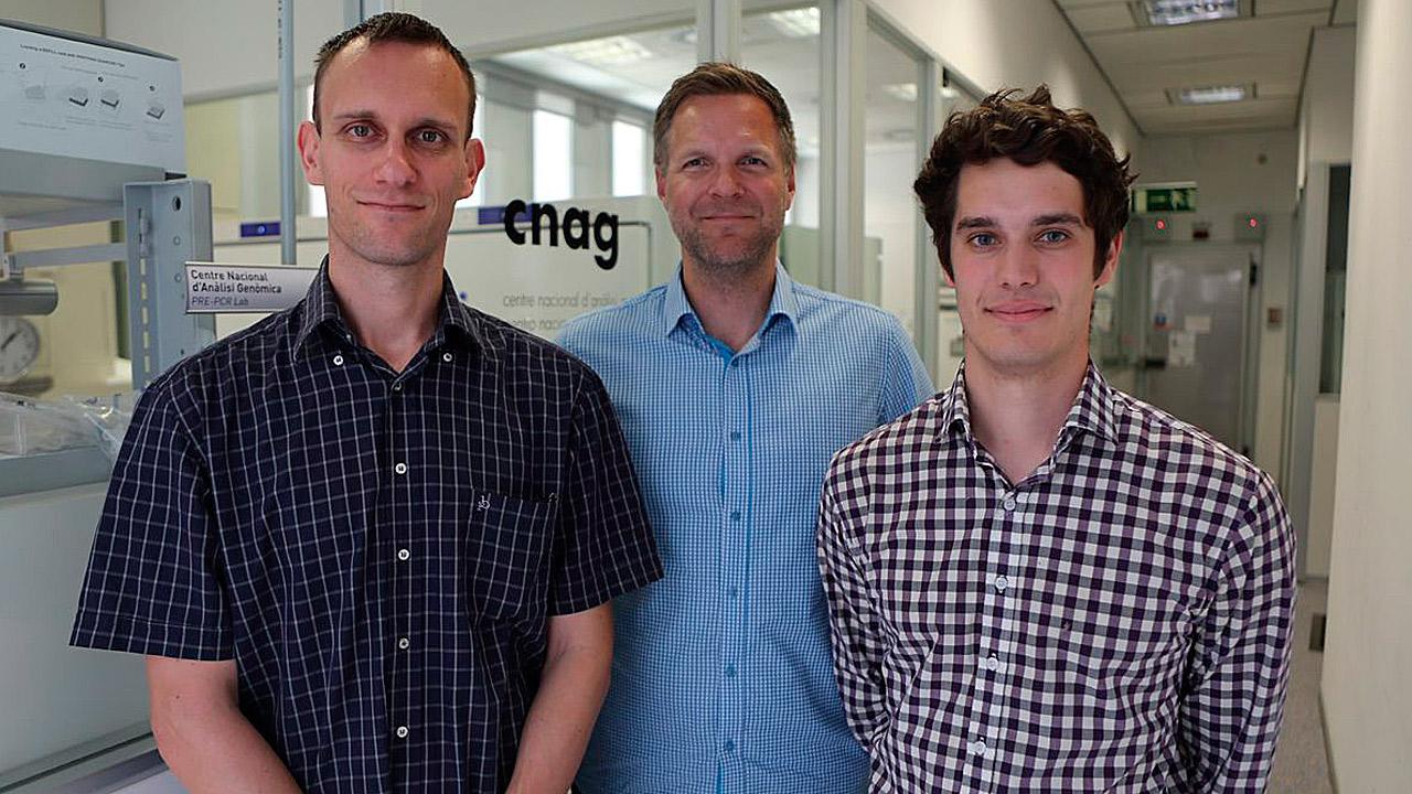 Giovanni Iacono, Holger Heyn y Ramon Massoni-Badosa, del CRG.