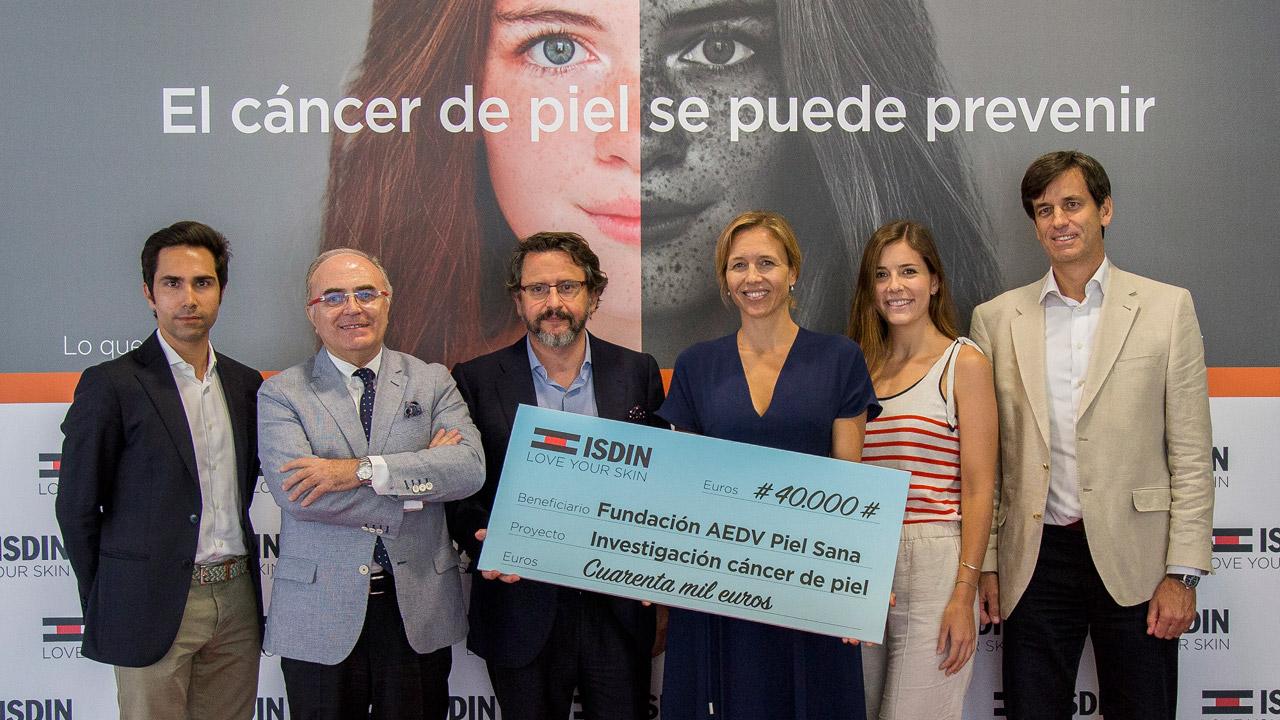 Oriol Rodríguez (Isdin), Agustín Buendía (AEDV), Onofre Sanmartín (AEDV), Carla Ravazzano (AEDV), Andrea Marina (Isdin) y Luis Doussinague (Isdin).