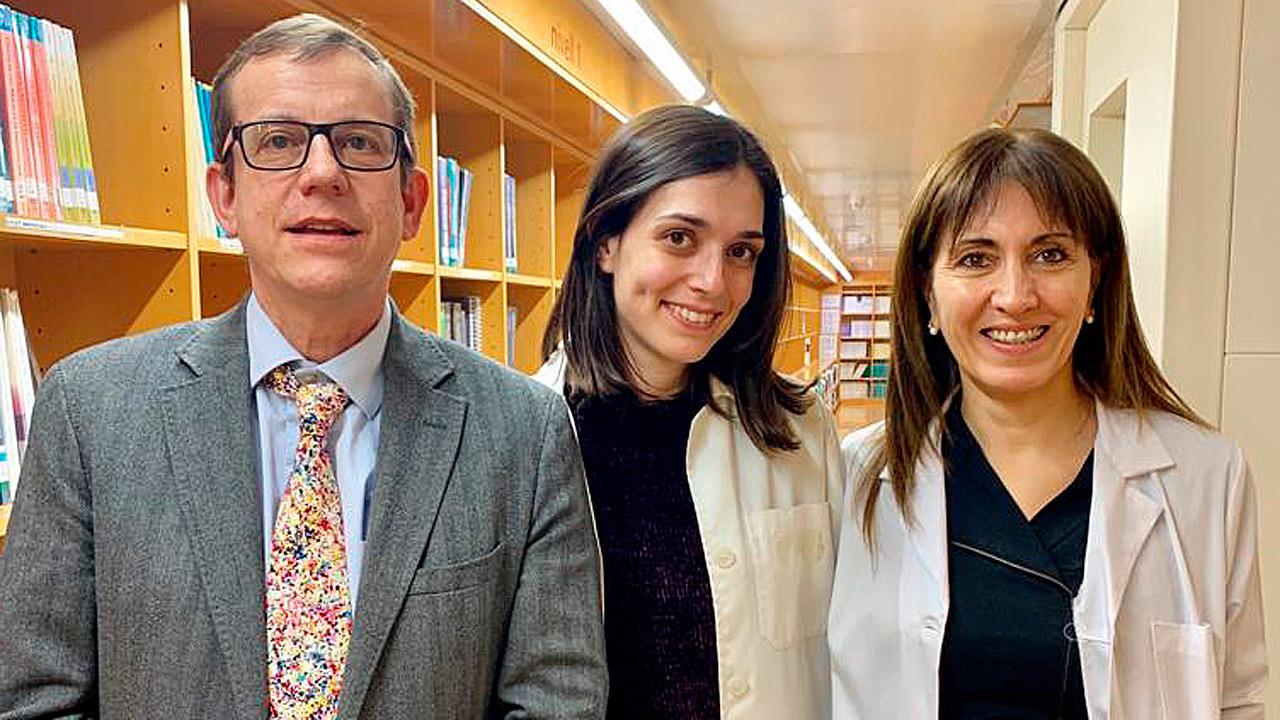 Jordi Salas, Laura Barrubés y Nancy Babio, investigadores del Ciber de Fisiopatología de la Obesidad y Nutrición (Ciberobn), y autores del trabajo.