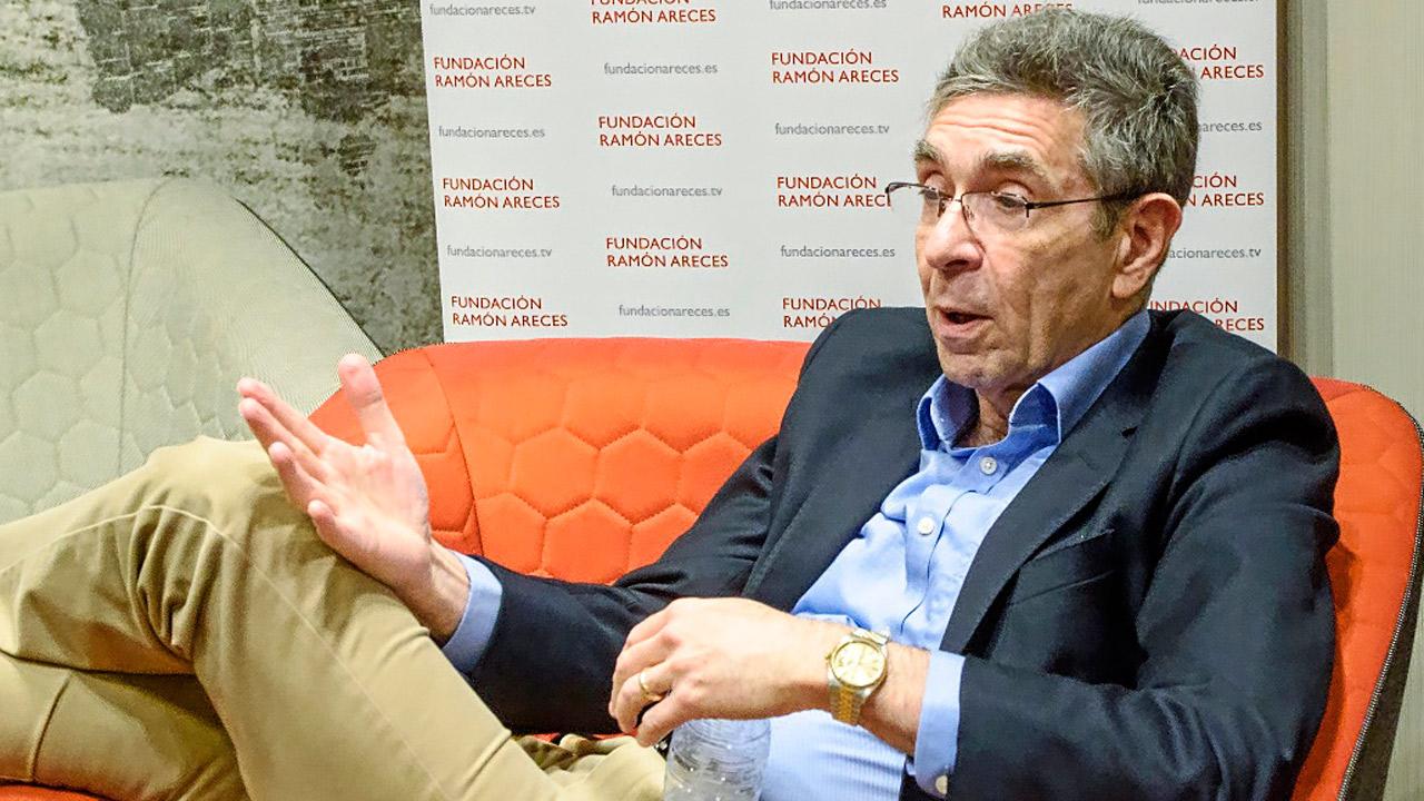 Robert Kefkowitz, Nobel de Qu�mica 2012, durante la entrevista con DM, tras la inauguración del 42º Congreso de la Sociedad Española de Biolog�a y Bioqu�mica Molecular.