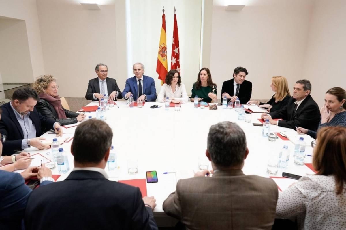 Isabel Díaz Ayuso preside un Consejo de Gobierno extraordinario en Madrid.