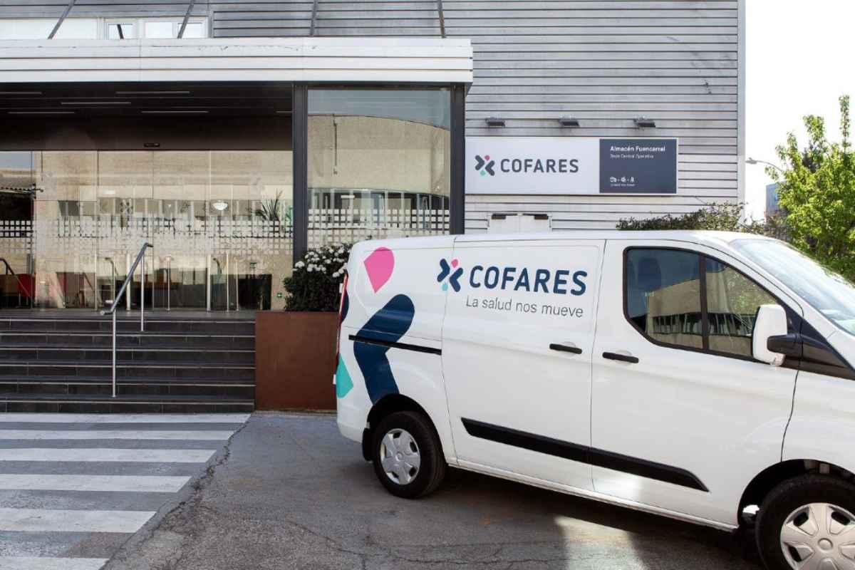 Fachada de un almacén de Cofares en Madrid.