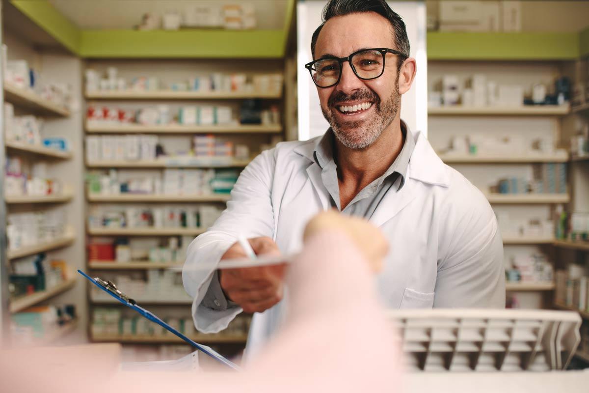 El COF de Madrid está recibiendo diariamente numerosas consultas sobre cómo actuar en la farmacia frente al coronavirus