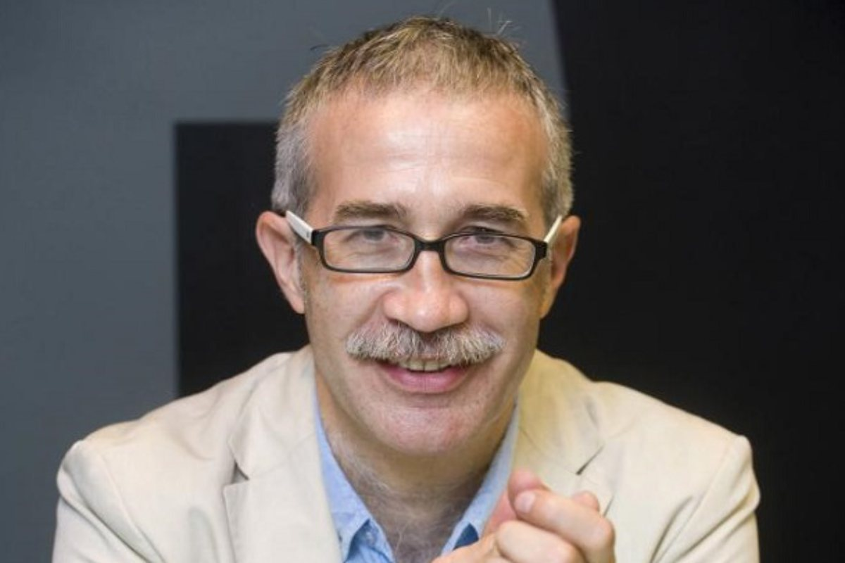 Joan Carlos March