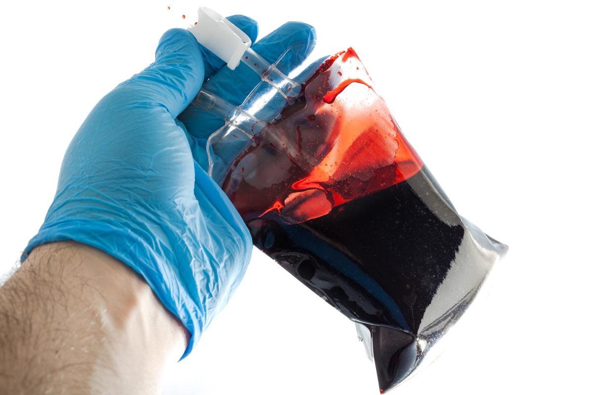 En España, la administración de plasma convaleciente es una terapia que ya se ensaya.