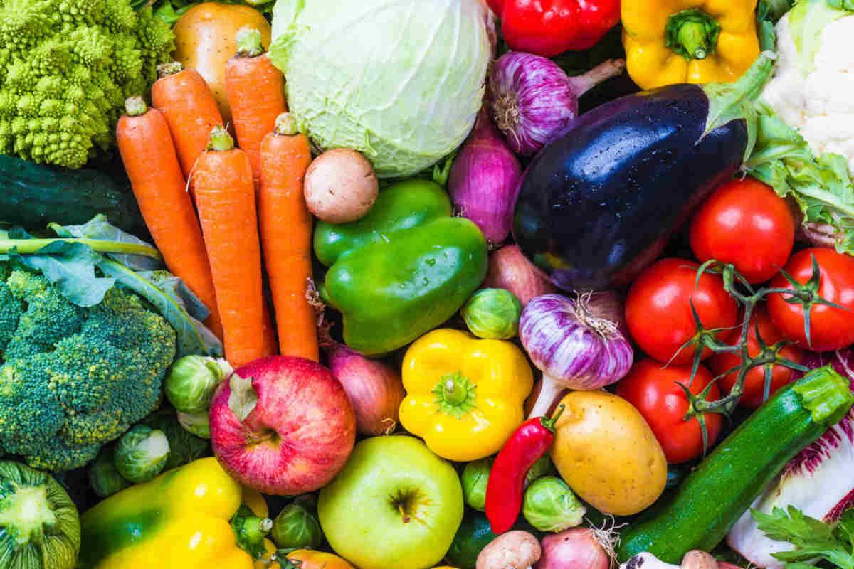 Bodegón de verduras y hortalizas.