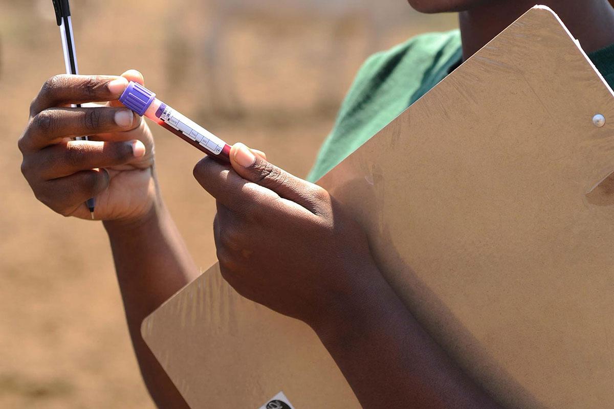 Las nuevas guías de la OMS ayudan a detectar el déficit de hierro en la infancia y en el embarazo. WHO/Andy Craggs