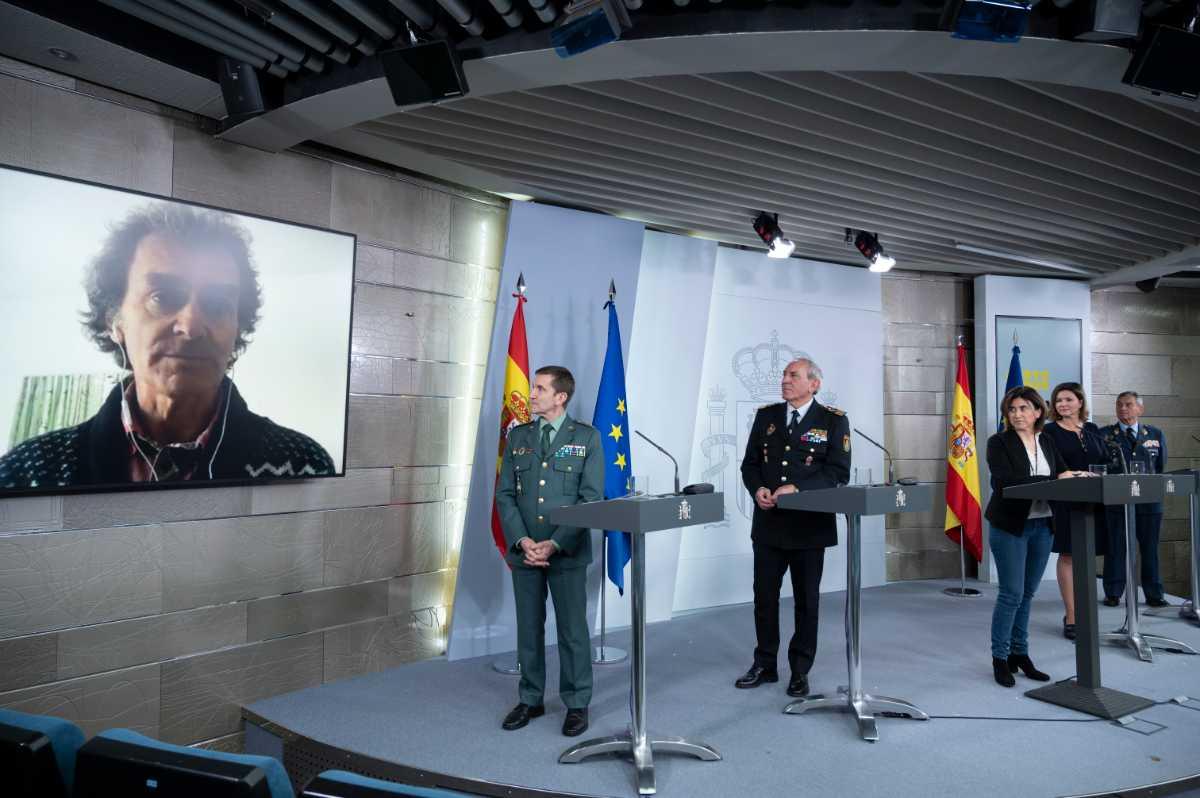 Fernando Simón, director de Alertas y Emergencias Sanitarias, se ha incorporado a la rueda de prensa de forma virtual desde su casa, tras haber dado positivo por coronavirus.