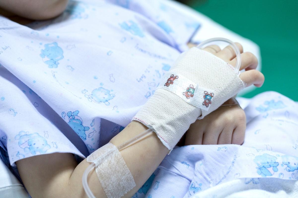 Niño en un ingreso hospitalario.