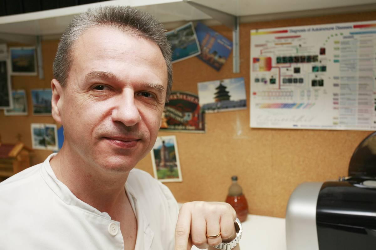 Ricard Cervera, jefe de Enfermedades Autoinmunes del Hospital Clínic del Barcelona.