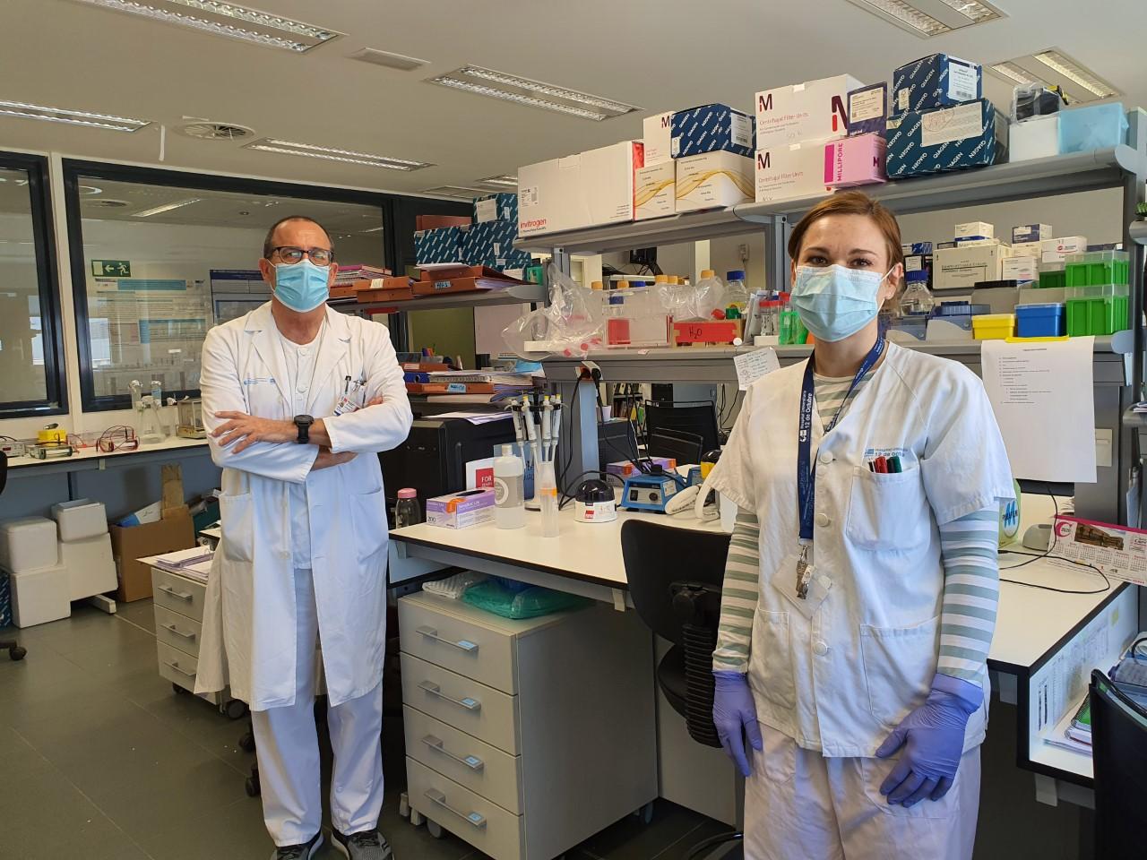 Uno de los equipos del Hospital 12 de Octubre que valida el test de la OMS.