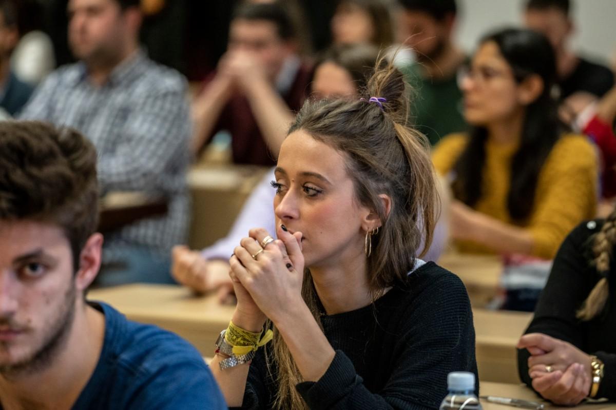 Candidatos MIR minutos antes del examen de 2020 (Olmo Calvo)