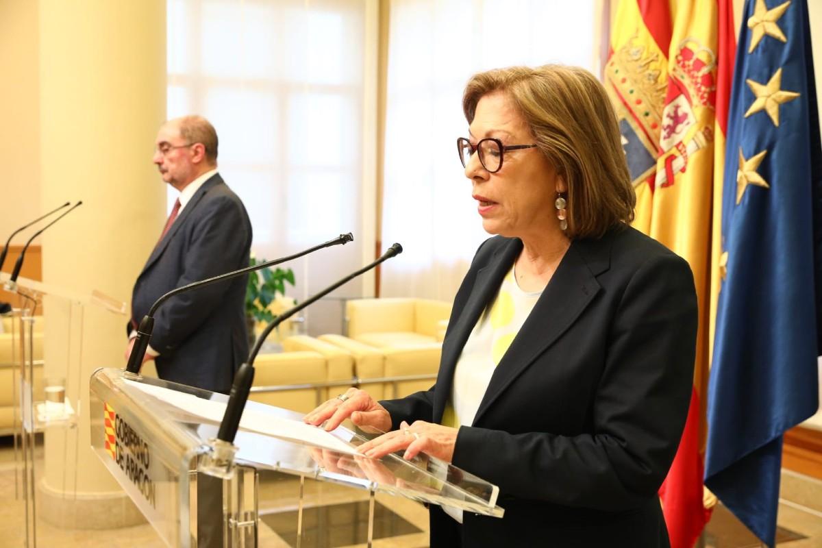 La ya exconsejera de Sanidad de Aragón, Pilar Ventura, anunciado su dimisión junto al presidente de la comunidad, Javier Lambán (Gobierno de Aragón)