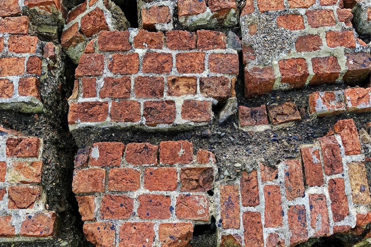 Muro de piedra roto