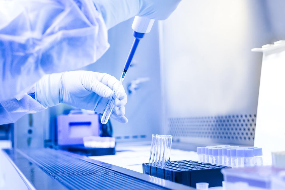 En tres meses hay en marcha mil ensayos clínicos sobre la enfermedad.