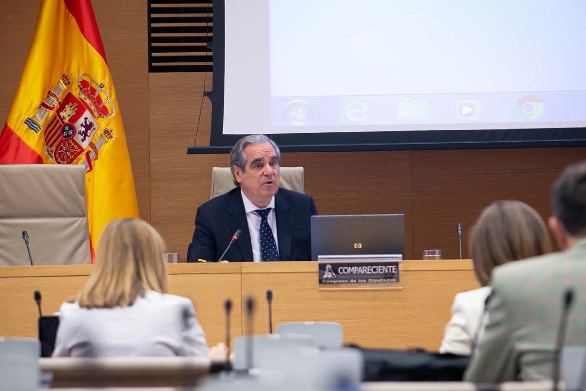 Jesús Aguilar, presidente del Consejo General de COF, en el Congreso de los Diputados.