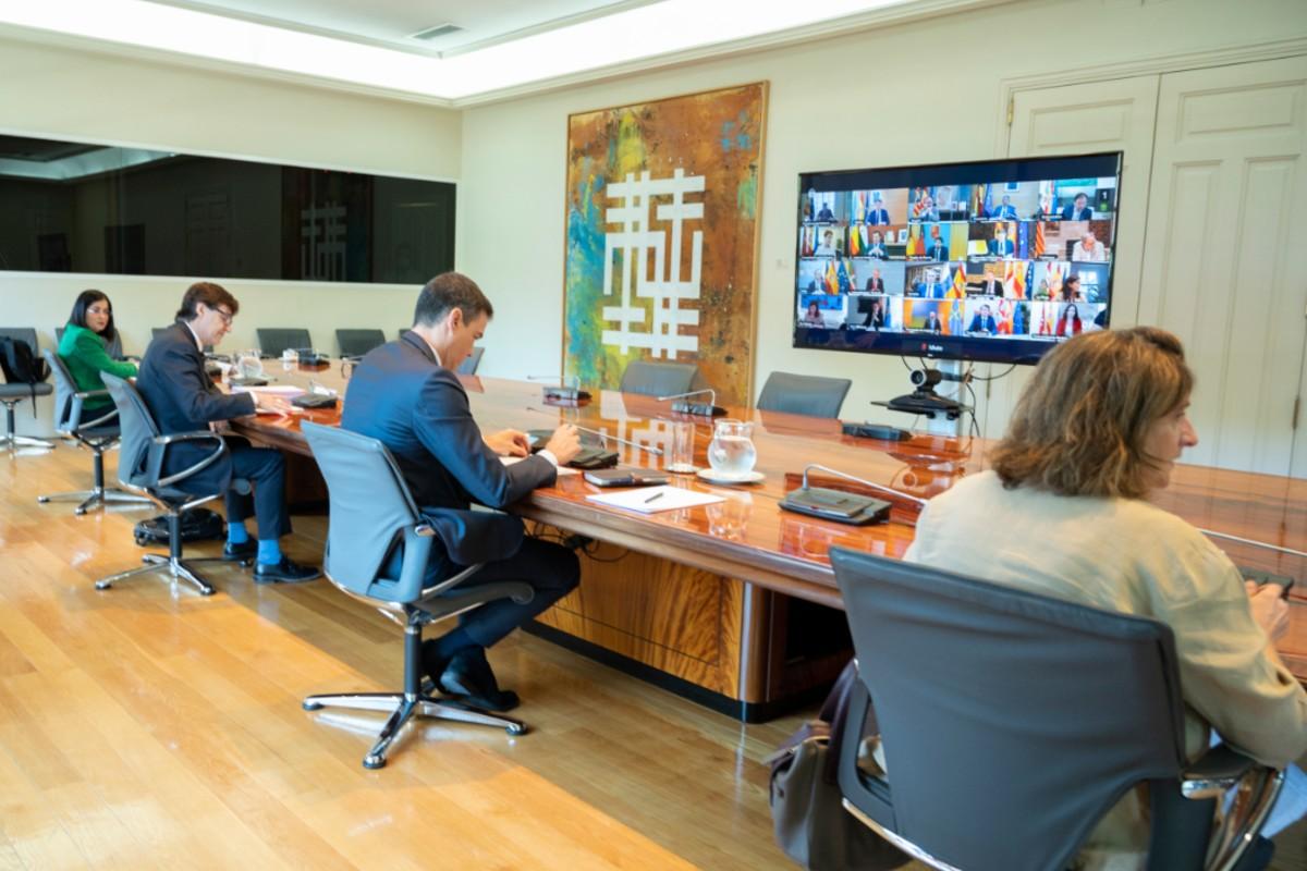 Una instantánea de la conferencia del Gobierno central con los presidentes autonómicos