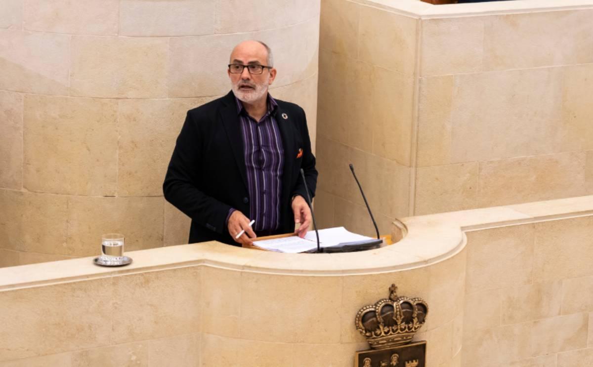 El consejero de Sanidad de Cantabria, Miguel Rodríguez Gómez.