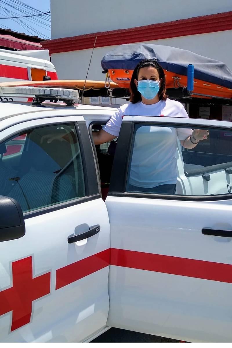 Isabel Fuentes Aragón, enfermera en las playas de Chiclana de la Frontera (Cádiz).