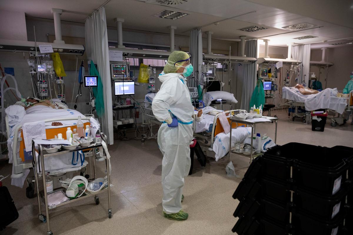 UCI del Hospital Infanta Sofia. Alberto di Lolli
