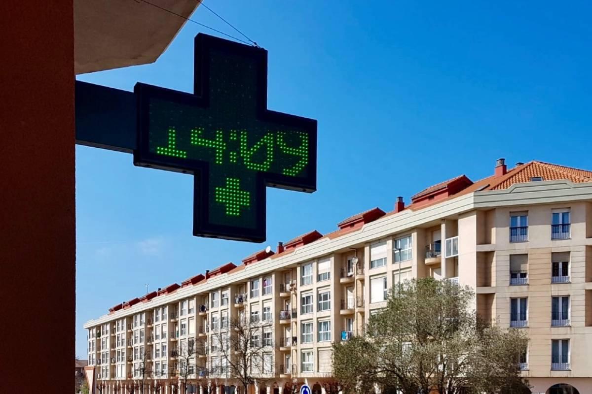 Según el Consejo, durante el primer mes de la pandemia las farmacias atendieron a 30 millones de ciudadanos.