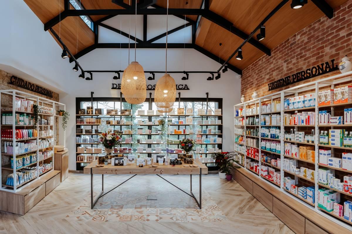 Farmacia Reboreda lleva el nombre del pueblo en el que está ubicada en el municipio gallego de Redondela, provincia de Pontevedra.