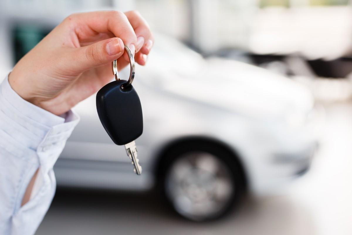 Se consideran automóviles de turismo los definidos como tales en el Anexo del Real Decreto Legislativo 339/1990.